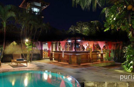 Fare Ti'i Villas - Pool At Night
