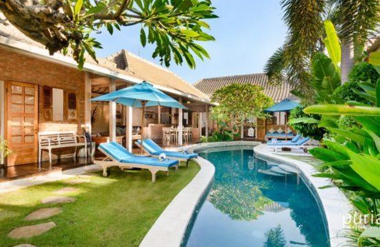 Villa Amsa - Pool and Villa
