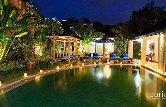 Villa Aveli - Pool at Night