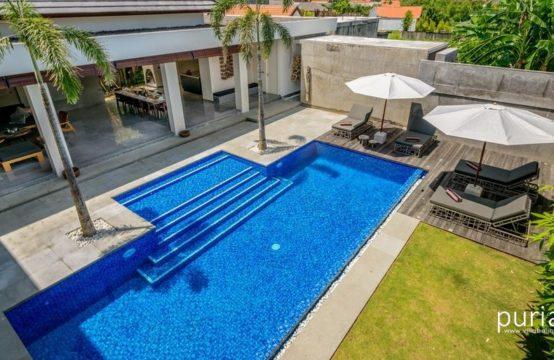 Villa Waha - Pool from top
