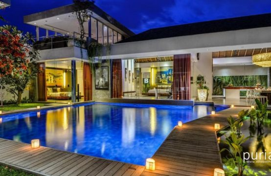 Villa Banyu - Swimming Pool