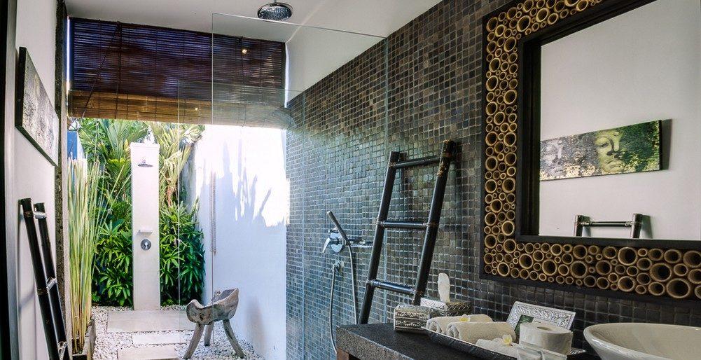 Villa Anjali Blue Bathroom