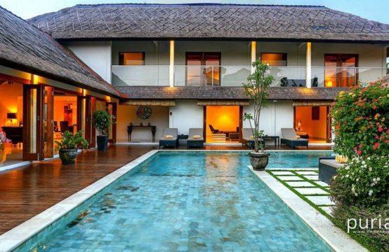 Villa Vie - Five Bedrooms Villa in Seminyak