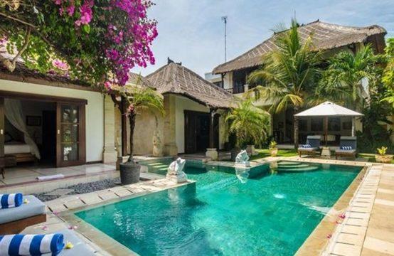 Villa Arjuna - pool and Villa