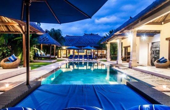 Villa Sapshir - Pool