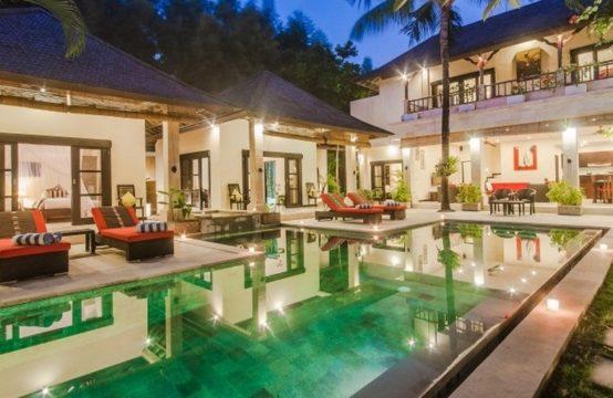 Villa Tresna - Pool