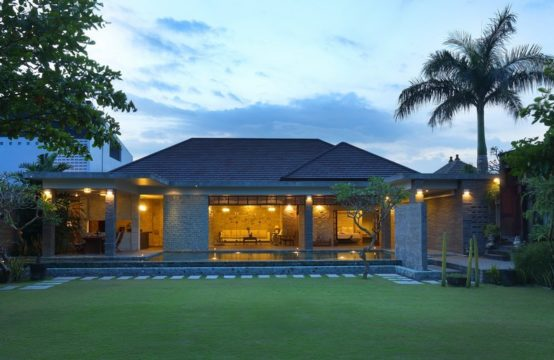 Alindra Villa - Grand Royal 2 Bedrooms