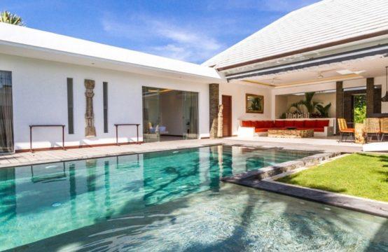 Villa Bima - Pool and Villa