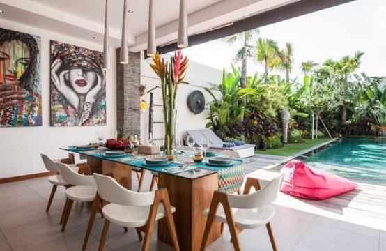 Villa Sawah - Dining room and Pool