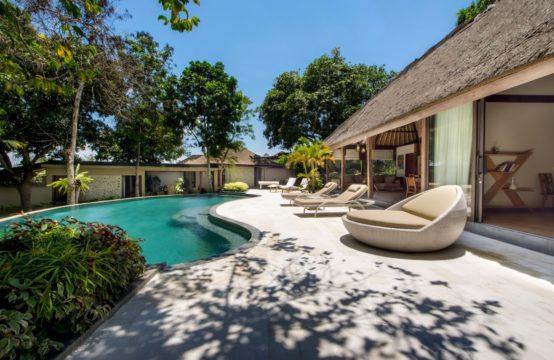 Villa Kayu Merah - Pool