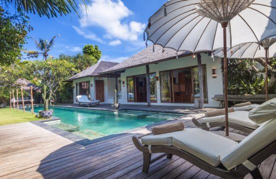 Villa Ku Estate - Swimming Pool