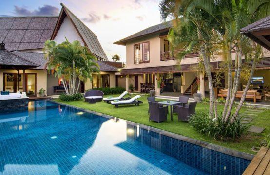Villa M Bali Seminyak - Swimming pool