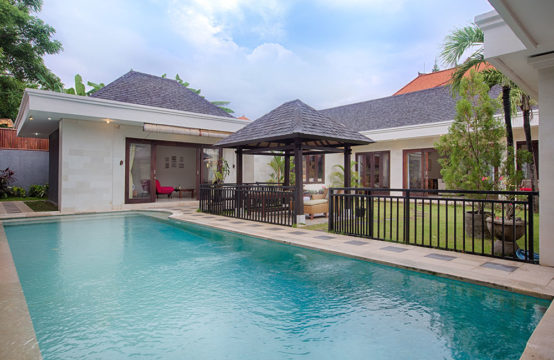 Villa Harmony Canggu - Private Pool Villa in Canggu